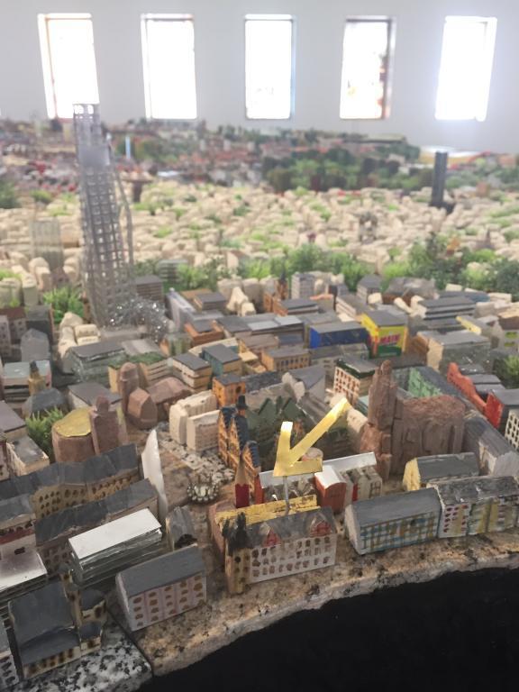 Von S Bis Xxl Die Stadtmodelle Des Hmf Historisches Museum Frankfurt