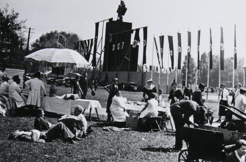 Festwiese zur Maifeier zwischen 1933 und 1944, Fotografie von Otto Emmel © HMF